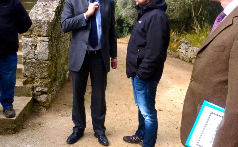 Visita di Stéphane Le Foll à Sarrula Carcupinu : Aspittemu sempri certi risponsi di u ministru.